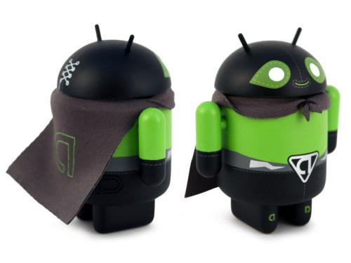 Android_HeroesVillains_Poderoso_3Quarter_800