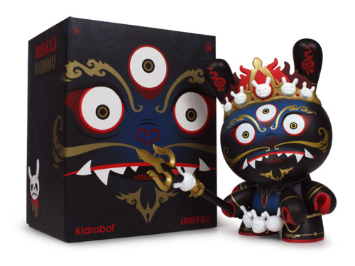 Mahakala_Dunny8in_BlackWithBox_800